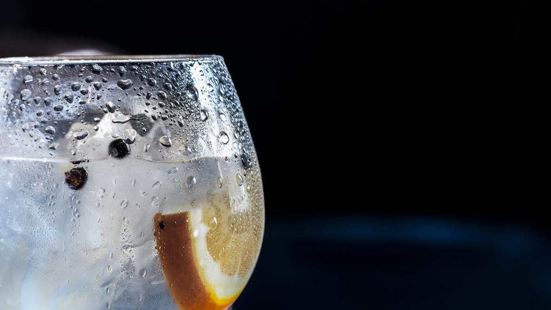 Der Unterschied zwischen Quellwasser, Tafelwasser und Mineralwasser